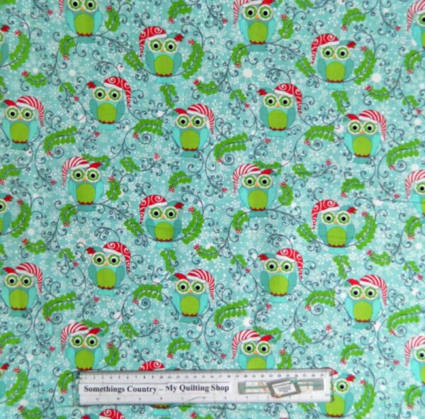 Country Patchwork Quilting Fabric - Xmas Frosty Owls - Allover 50x55cm FQ New