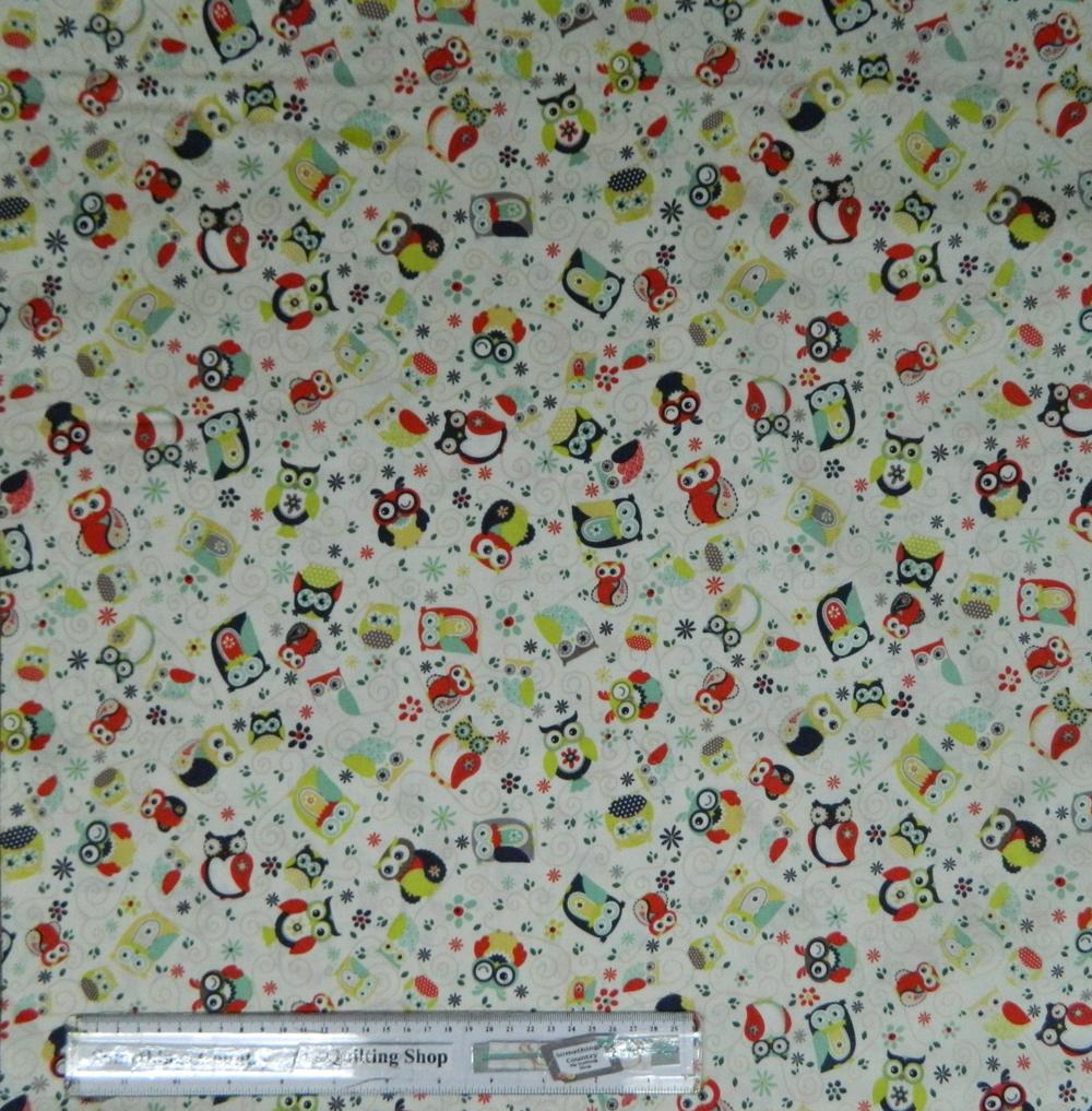OWLS ALL AROUND Cream BG Patchwork Quilting Fabric Cotton Material FQ 50X55cm