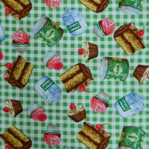 Quilting Patchwork Cotton Sewing Fabric GREEN CHECKS DESSERTS 50x55cm FQ NEW www.somethingscountry.com