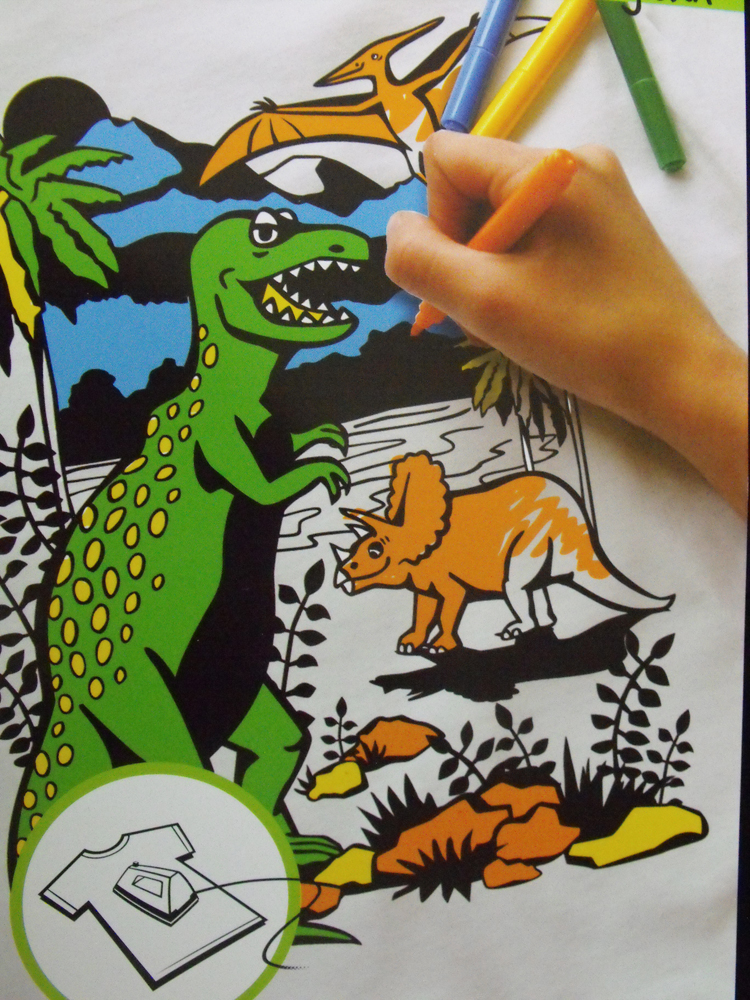 COLOUR MY OWN T-Shirt Transfer Black Felt LARGE Retro DINOSAURS Color In New