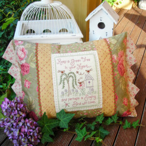Quilting Sewing Cushion Pattern SINGING BIRD Sally Giblin Rivendale Collection NEW