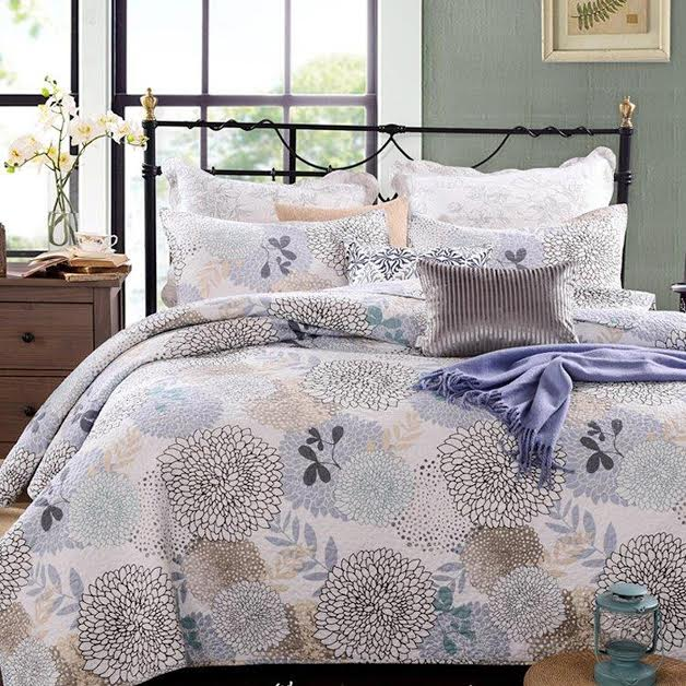 French Country Vintage Inspired Patchwork Bed Quilt FLORAL BLOOM New Coverlet