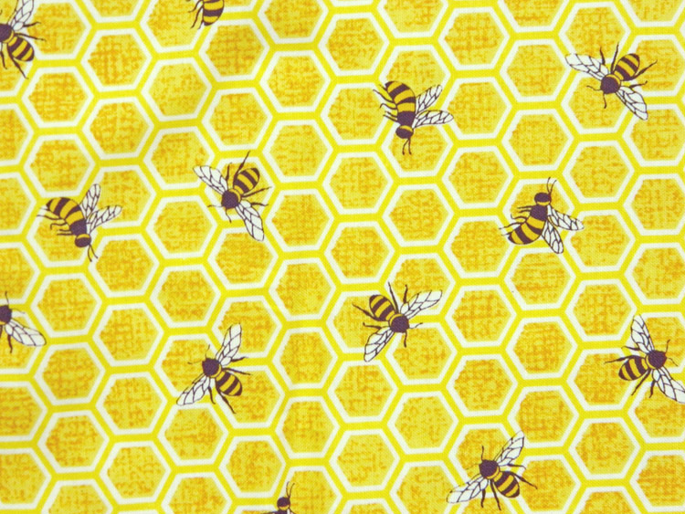 Quilting Patchwork Sewing Fabric BEEHIVES BEES HONEY 50x55cm FQ New Material