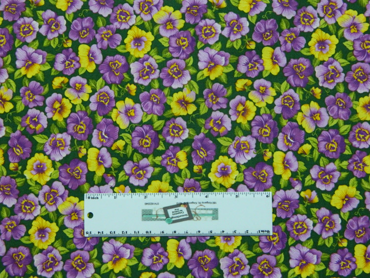 Quilting Patchwork Sewing Fabric PURPLE PANSIES ALLOVER 50x55cm FQ New Material