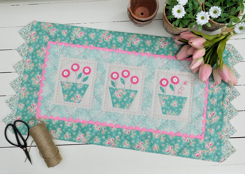 Quilting Sewing TABLE RUNNER Pattern BUMBLE BLOOMS Sally Giblin Rivendale Collection NEW