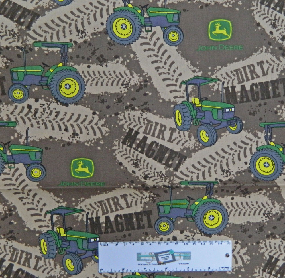 Patchwork Quilting Fabric JOHN DEERE DIRT TRACKS BROWN Cotton FQ 50X55cm NEW Material