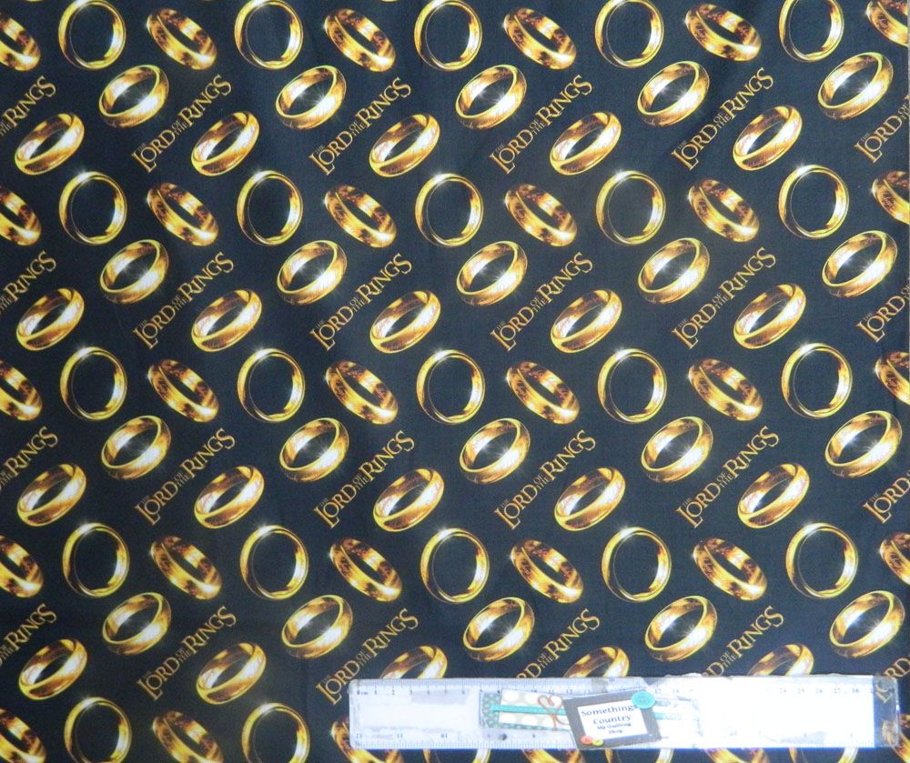 Patchwork Quilting Sewing Fabric LORDS OF THE RINGS Allover Material 50x55cm FQ New