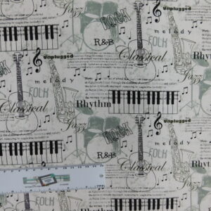 Patchwork Quilting Sewing Fabric Musical Notes 50x55cm FQ New Cotton Material