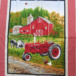 Patchwork Quilting Sewing Fabric FARMALL COUNTRY TRACTOR Panel 90x110cm New