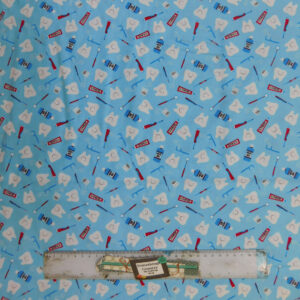 Quilting Patchwork Sewing Fabric TEETH DENTIST TOOTH 50x55cm FQ New