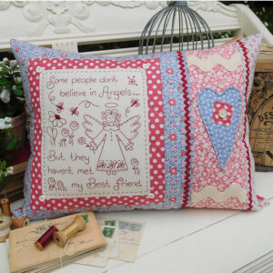 Quilting Sewing Cushion Pattern MY BEST FRIEND Rivendale Collection