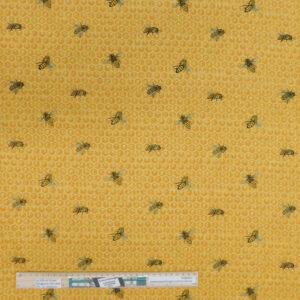 Patchwork Quilting Sewing Fabric BUMBLE BEES 50x55cm FQ New
