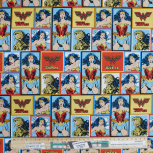 Quilting Sewing Fabric WONDER WOMAN Allover Material 50x55cm FQ