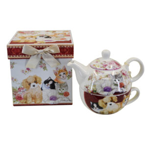 French Country Lovely Kitchen Tea For One CATS AND DOGS China Teapot