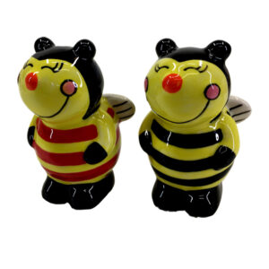 Collectable Novelty Kitchen Dining Bumble Bees Salt and Pepper Set
