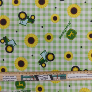 Quilting Patchwork Fabric John Deere Tractors Green Gingham Check 50x55cm FQ