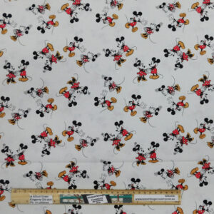 Quilting Patchwork Fabric Disney Mickey and Minnie Scattered 50x55cm FQ
