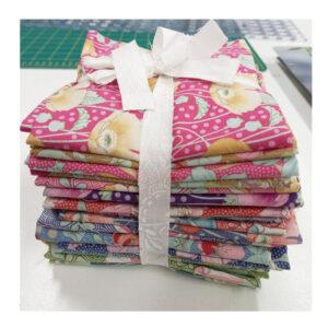 Tilda Garden Life Quilting Sewing Fabric Fat Quarter Pack - 20 Pieces