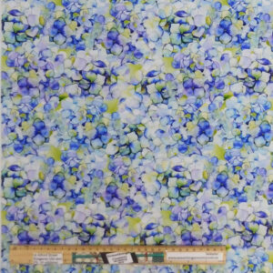 Quilting Patchwork Fabric Patricia Floral Hydrangea Allover 50x55cm FQ