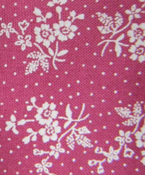 Patchwork Quilting Sewing Fabric HOT PINK White Flowers 50x55cm FQ New Material