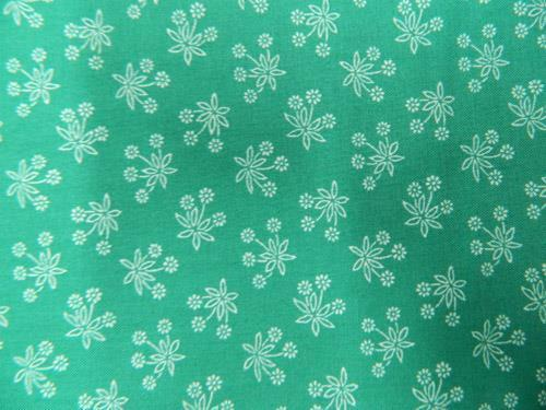 Patchwork Quilting Sewing Fabric TEAL GREEN White Flowers FQ 50x55cm New Material
